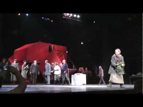 """Театр Гоголя, спектакль """"Дураки на периферии"""" (поклоны)"""