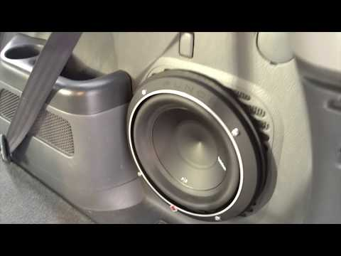 How To Install A Subwoofer/Remove Rear Panel - 2006 Honda Pilot