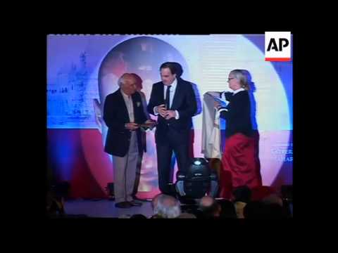 Filmmaker honoured at Mumbai Film Festival