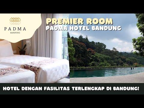 hotel-terbaik-di-bandung---premiere-with-balcony-room-padma-hotel-bandung