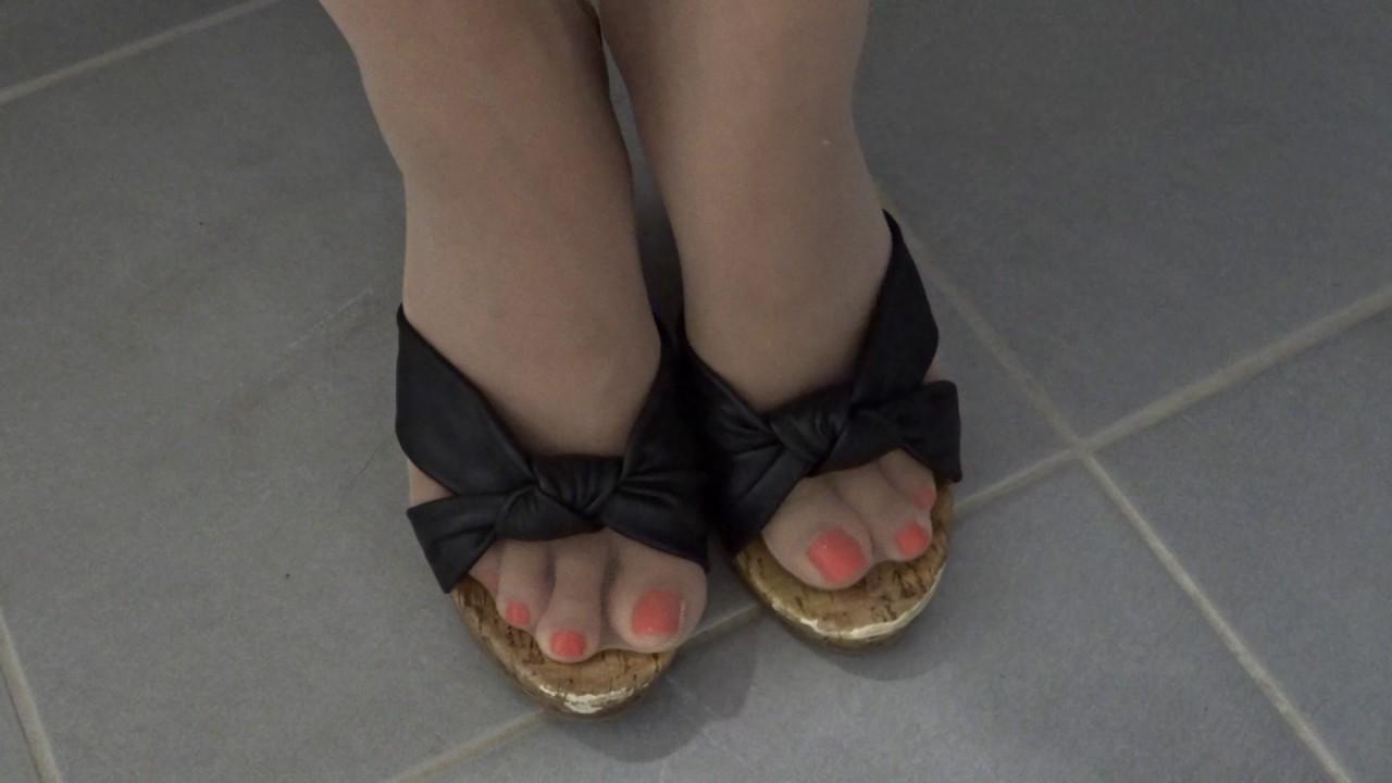 Nylon wedges toe slipping