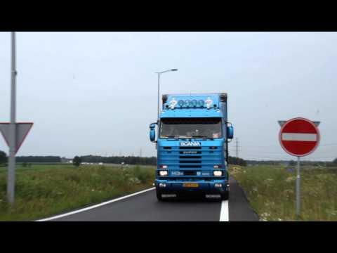 Intocht Truckstar Festival 2015 - Scana V8