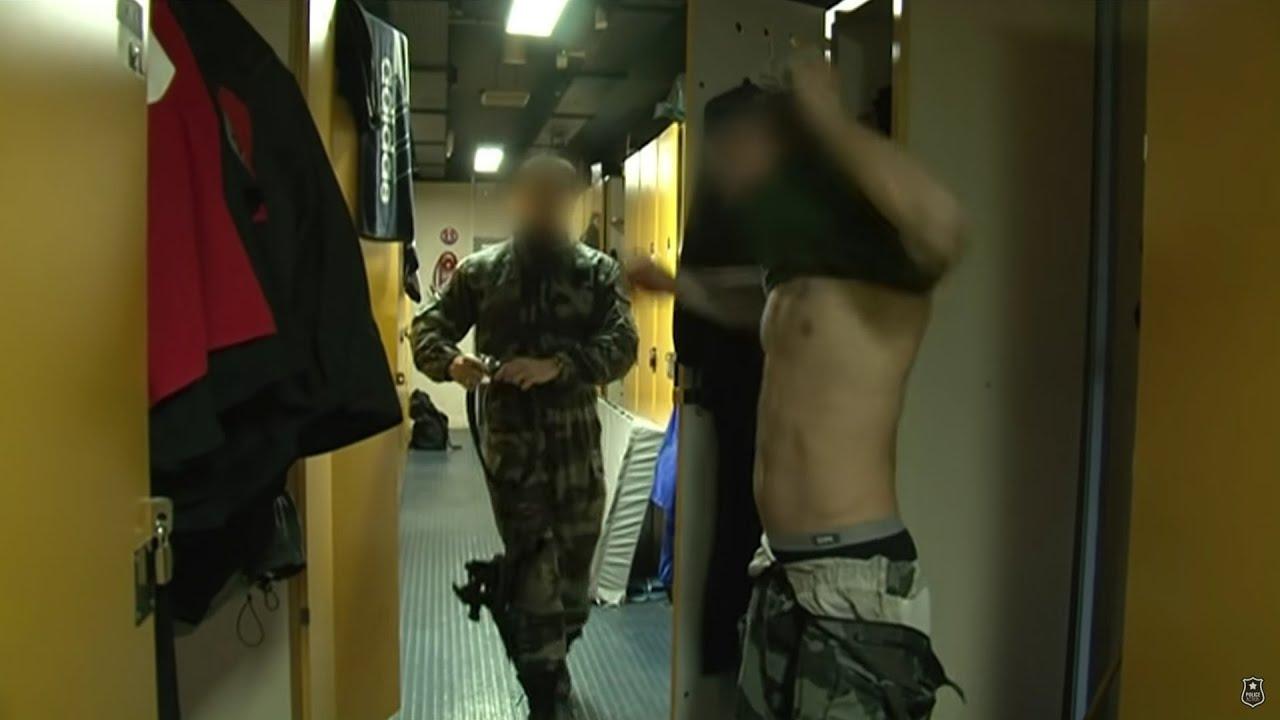 Les négociateurs du RAID en action