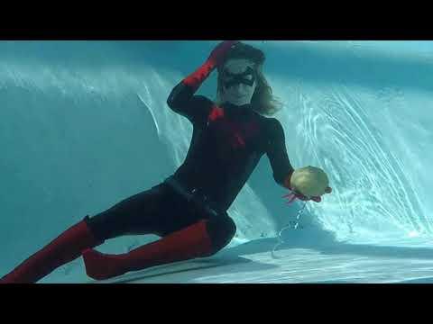 Batwoman: Drowning Joke (Fan Film) Teaser #2