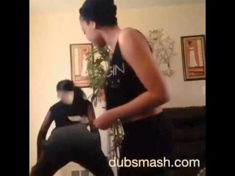 Dubsmash Bounce That Booty Like A Basketball