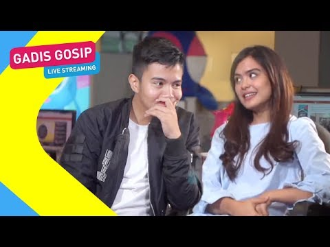 Gadis Gosip With Umay Shahab & Vebby Palwinta Live Streaming - Episode 56