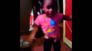 Ayana aka Moody beat ya feet sooo flatout
