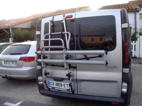 porte velos renault trafic youtube. Black Bedroom Furniture Sets. Home Design Ideas