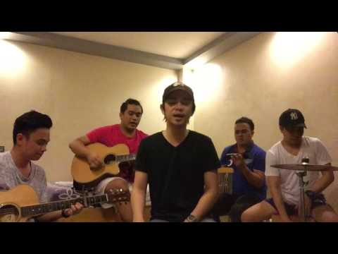 Shut Up And Dance - Walk The Moon (Alas Quattro Acoustic Cover)