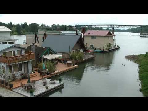 Walking in Portland: the Willamette River