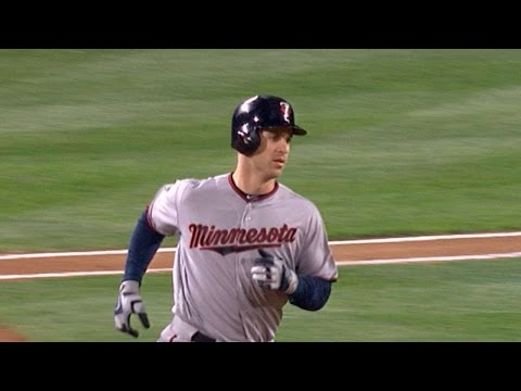 5/27/16: Five-run inning powers Twins past Mariners