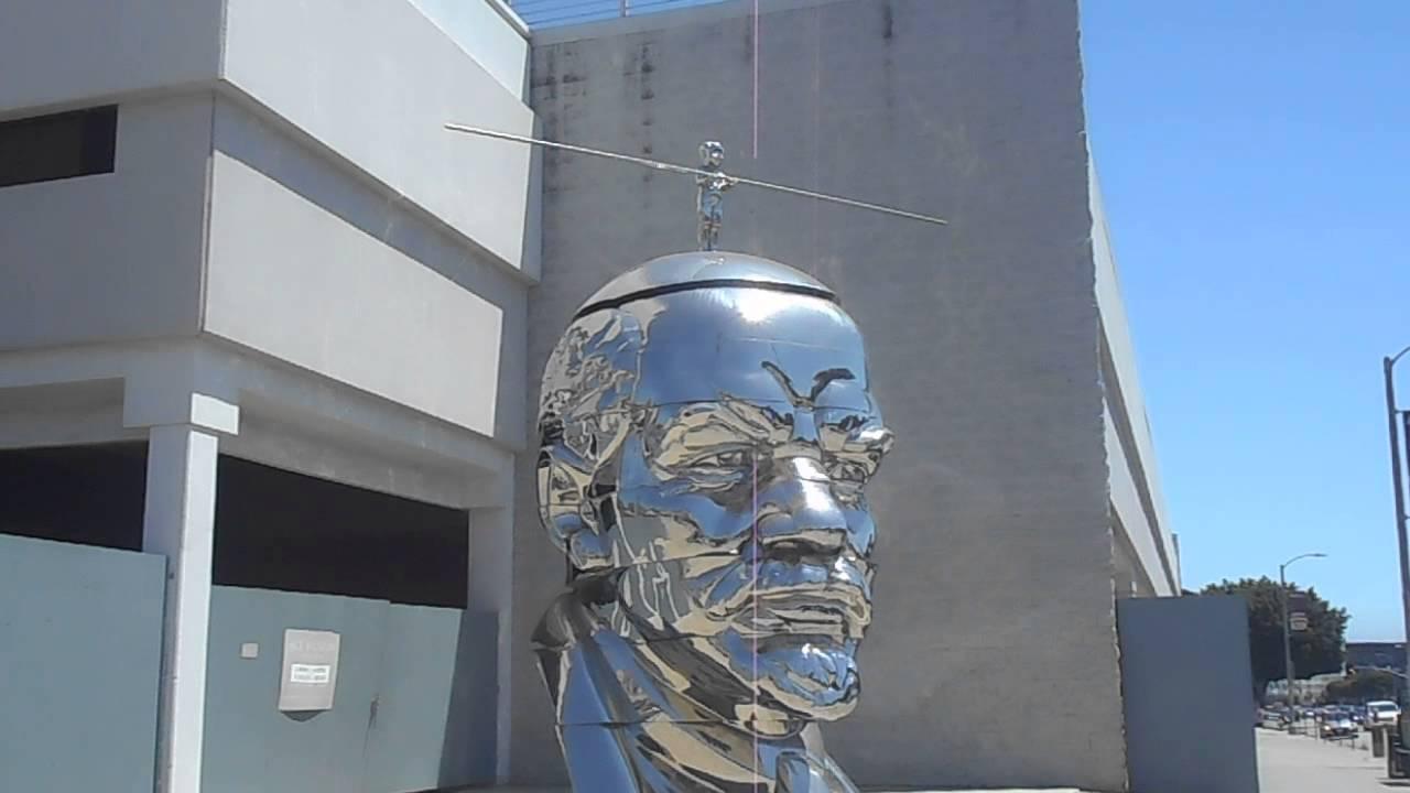 big bookoo megagonzo shiny high wire balancing head ooh LA La land\'s ...