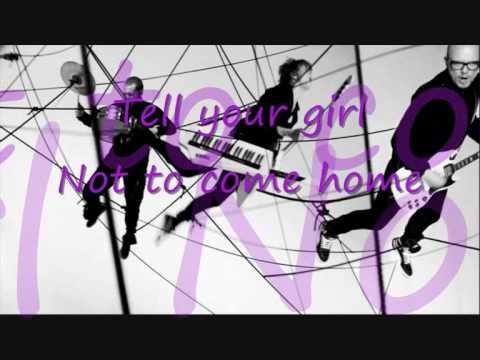 Carpark North - Transparent And Glasslike (lyrics)