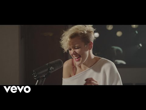 Betty Who - Human Touch (To The Beat with Kurt Hugo Schneider)