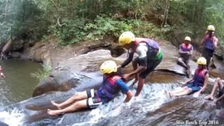 Kithulgala confident jumping   SLIIT Batch trip 2016