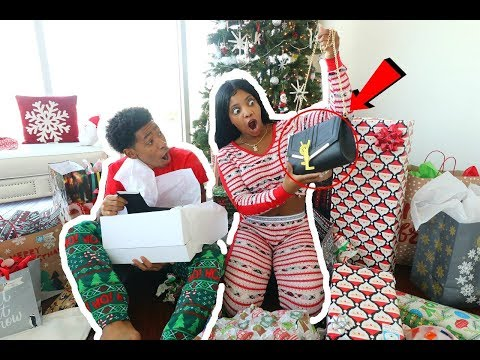 Download Youtube: DE'ARRA GOT PRANKED ON CHRISTMAS (OPENING PRESENTS 2017) |  VLOGMAS DAY 25