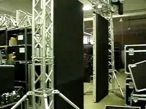 Mozgó függesztett LEDfal - Moving rigged LED wall