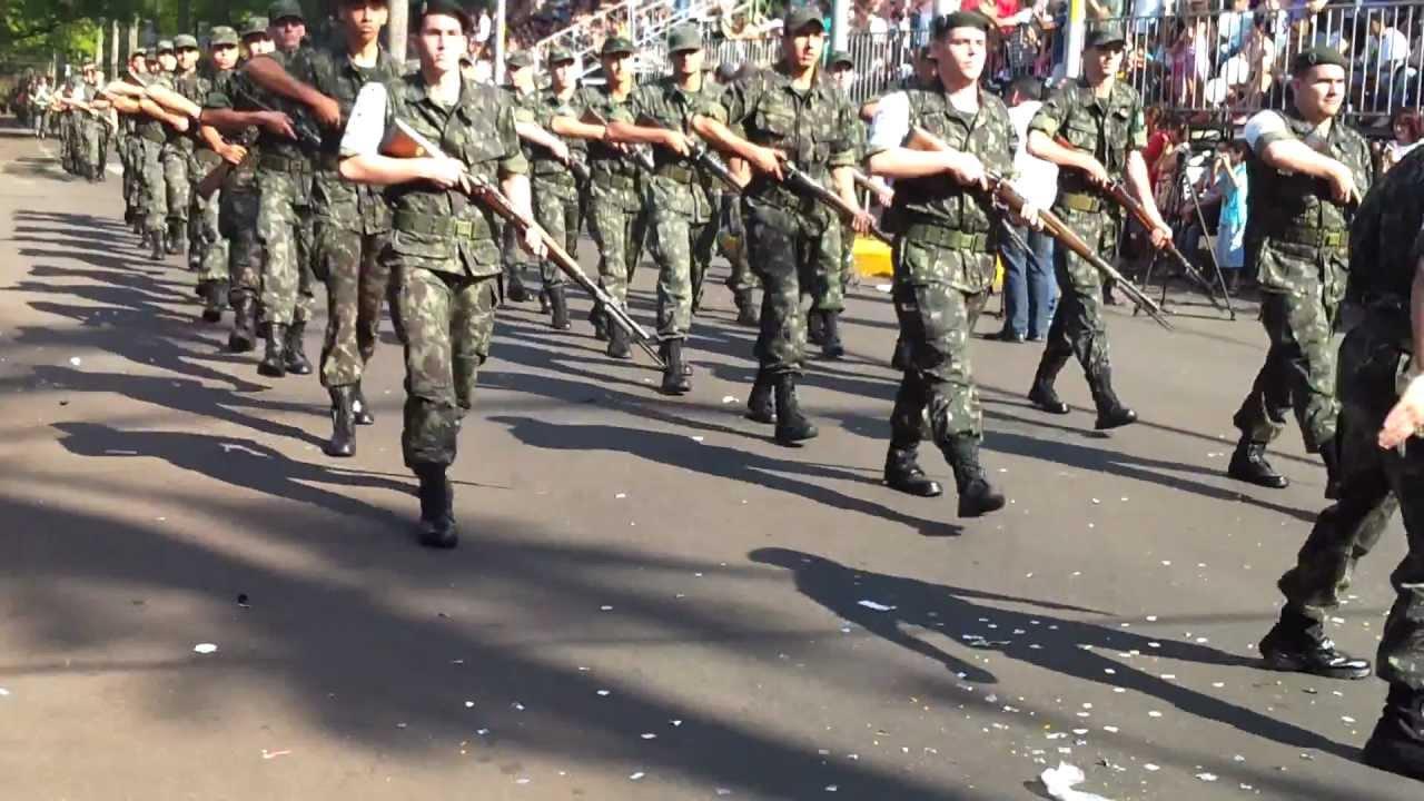 Resultado de imagem para desfile de maringa