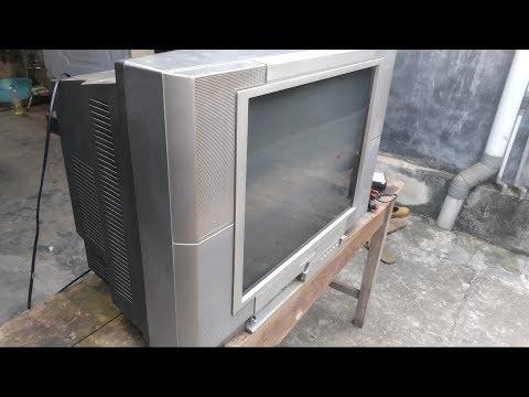 Restoration vintage Japanese convex screen television   Restore old broken Toshiba television