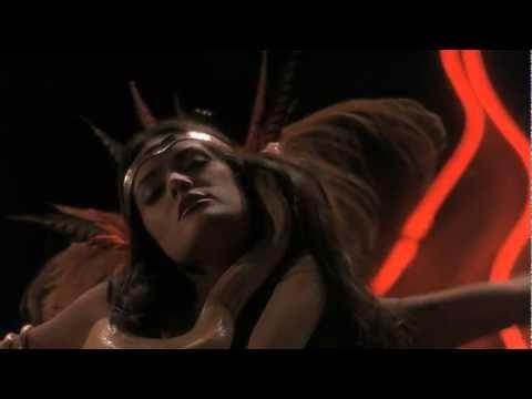 From Dusk Till Dawn: Salma Hayek dancing in Titty Twister HD 720p