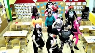 MOVE !!!!  LADYS CRUEL DANCE Machine