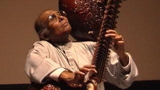 Ustad Asad Ali Khan - Rudra Veena - Rudra Vina - Dhrupad - Raga Yaman Kalyan - Dresden 4th May 2003