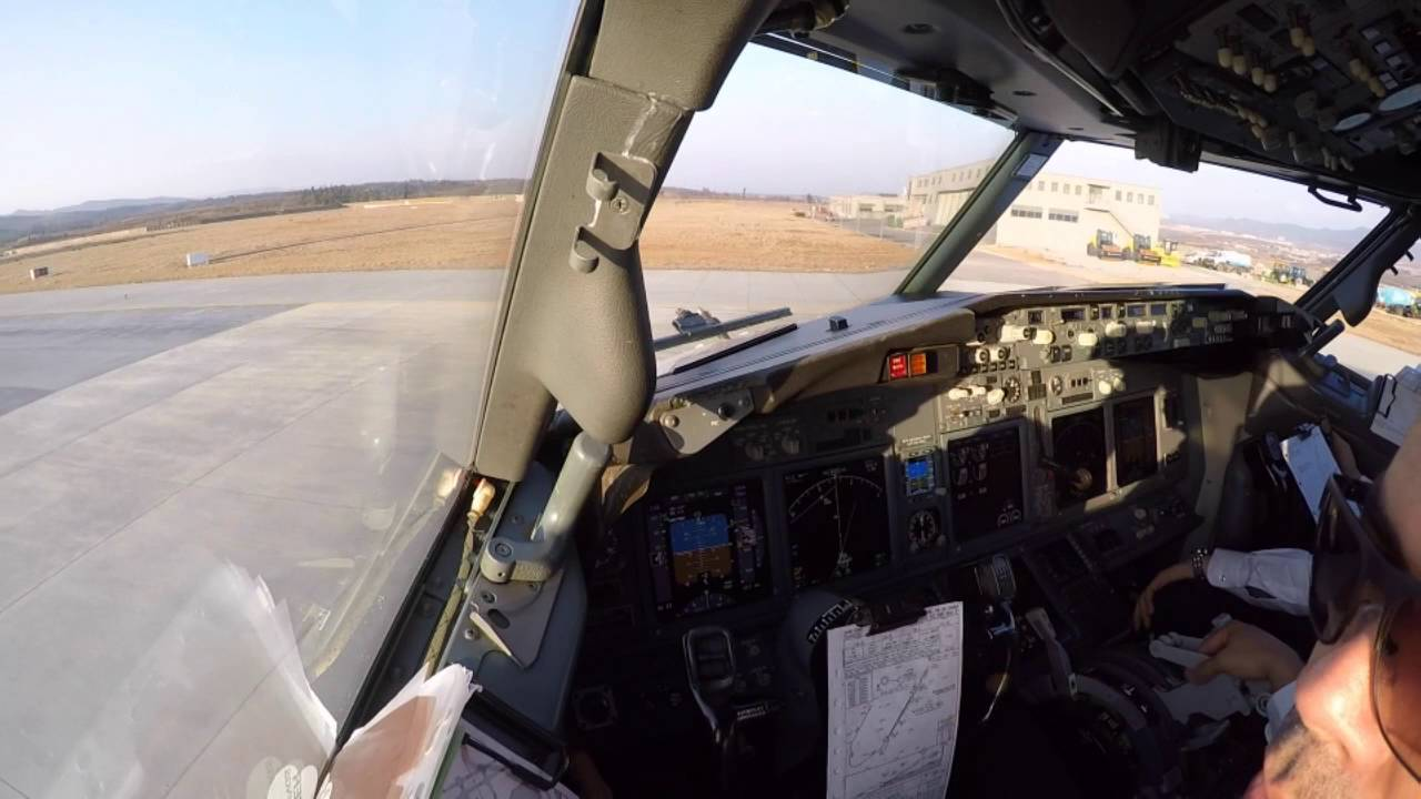 B737-800 Takeoff from Kunming to Hefei