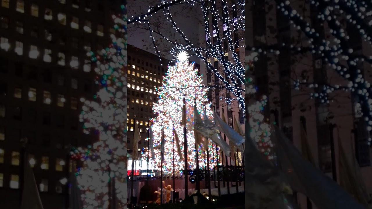 The 2019 Rockefeller Center Christmas Tree lighting ceremony - YouTube