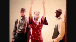 Carolina Chocolate Drops - Your Baby Ain't Sweet Like Mine