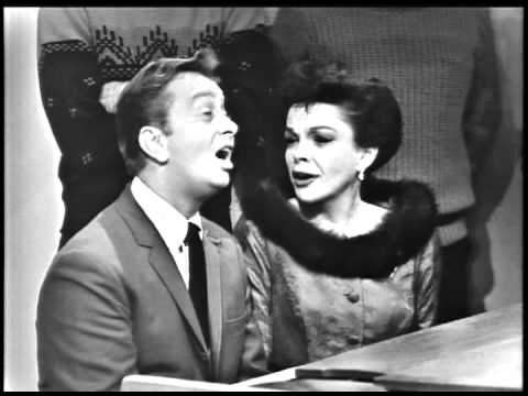 Mel Torme & Judy Garland sing The Christmas Song