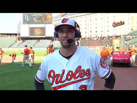 J.J. Hardy looks back and ahead after receiving standing ovation