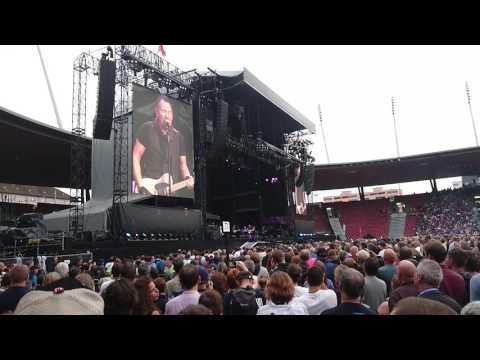 Bruce Springsteen at Zurich Stadion Letzigrund: None but the brave