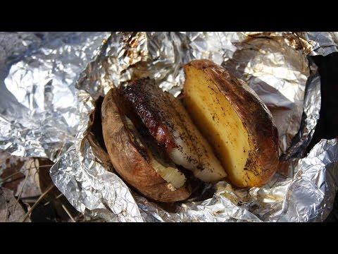Картошка в фольге на костре или отдых в лесу