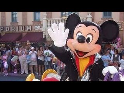 """the-complete-""""celebrate!---a-street-party""""-parade-at-disneyland"""