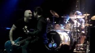Savia Derrotado + Fragile Ultimo concierto directo en Caracol 27 noviembre 2009  Buen audio