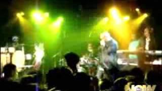 Rapper PitBull Schlägerei auf der Bühne auf seinem Konzert