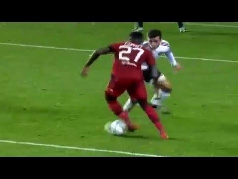Cornet Goal Valencia vs Lyon 0-1 Champions League