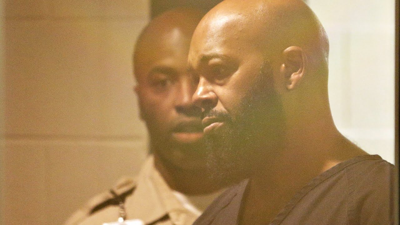 Marion 'Suge' Knight charged with threatening director of the film 'Straight Outta Compton'
