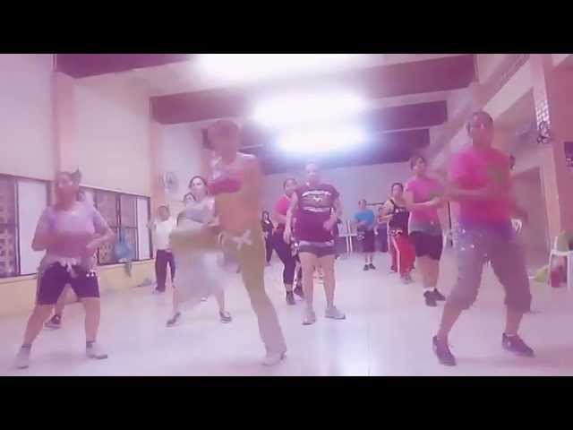 ZUMBA CON DENISSE!!! MERENGUE / BACHATA Videos De Viajes