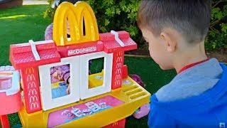 Pretend Play at McDonalds * Power Wheels at Playground