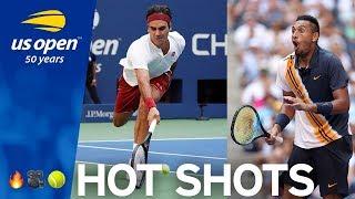 Roger Federer Goes AROUND The Net | US Open Hot Shot