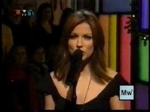 MARTINA MCBRIDE 2001 LET IT SNOW