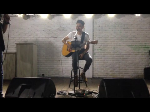 Lost Stars (cover) - Rendy Pandugo at Makmu Eatery