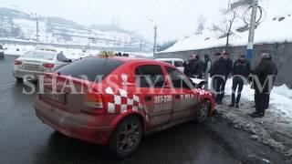 Խոշոր ավտովթար Երևանում  «Քանդած» կամրջի մոտ «ճակատ ճակատի» բախվել են Mercedes ն ու Opel ը