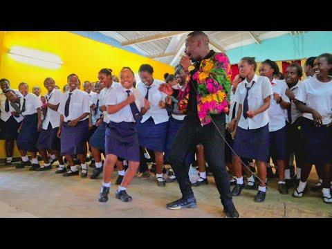 ST. George's Girls High Kanyaga Lami performance by Timeless Noel