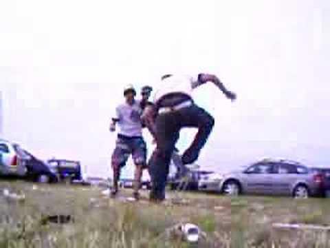 Jackass Stunts by Richta Frel Sarah & Nina :)