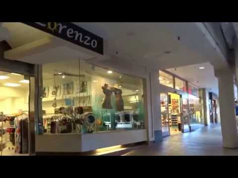 Ala Moana center 1F B A shopping store food court hawaii honolulu 20150602 AM1011