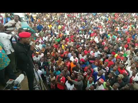 Akasiki ka Kyarenga concert live - Bobi Wine agabudde abe Makindye