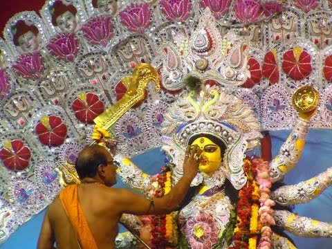 Sandhi Puja, Durga Puja 2013