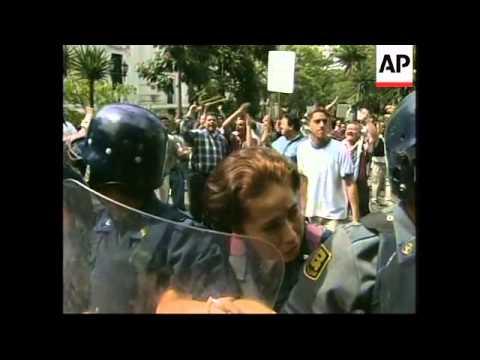 VENEZUELA: PRESIDENT'S SUPPORTERS & OPPONENTS CLASH